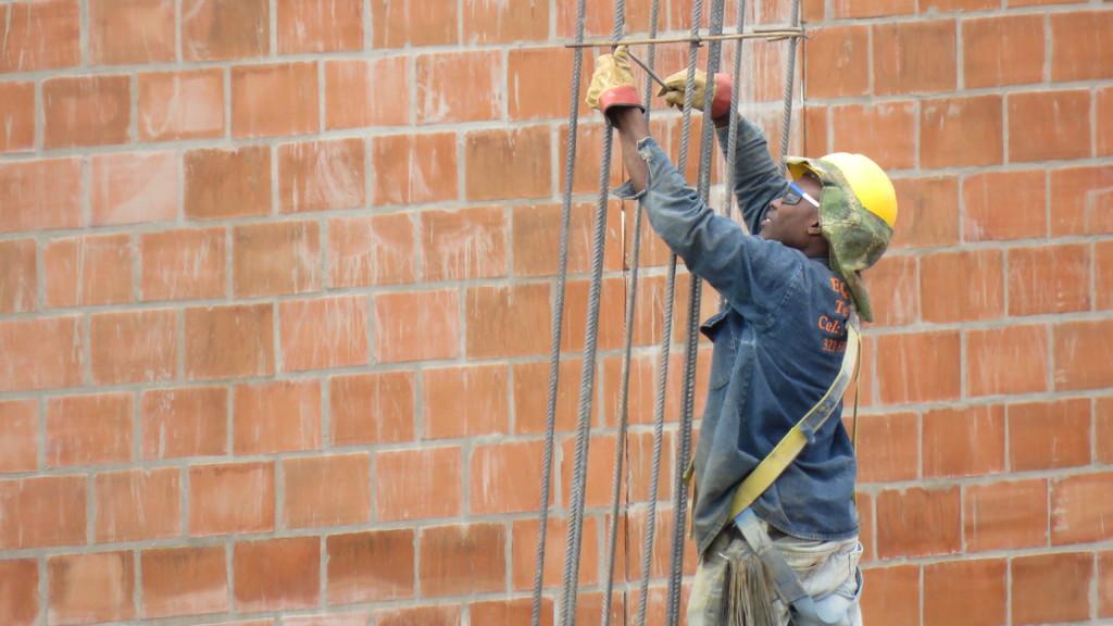 Artigo – O lucro, a saúde e a vida dos trabalhadores da construção civil