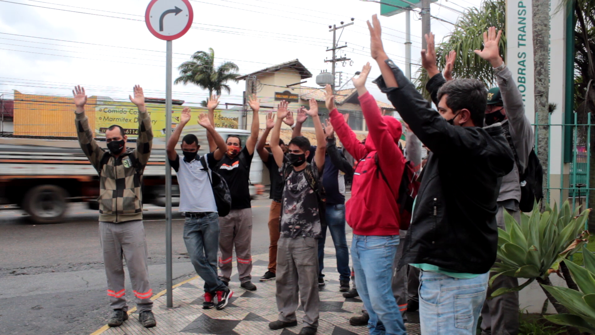 Trabalhadores da Ícone decretam estado de greve em São Sebastião
