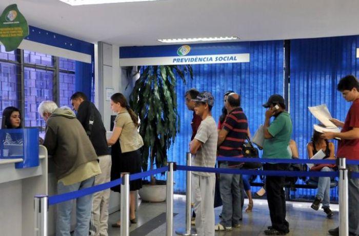 Um ano após a reforma grandes devedores não pagaram o INSS, como prometeu o governo