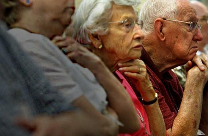 14° salário para aposentados é questão de justiça em tempos de pandemia