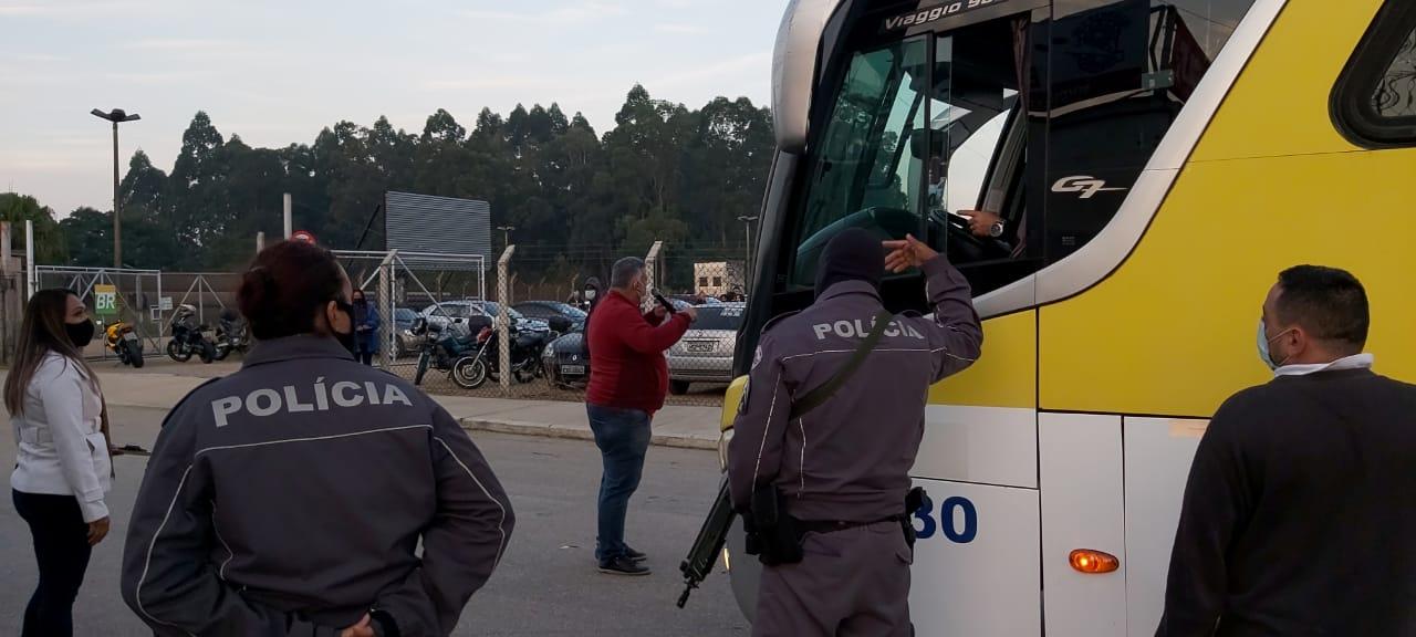 Trabalhadores Revap resistem a pressão da polícia e dos patrões e continuam em greve