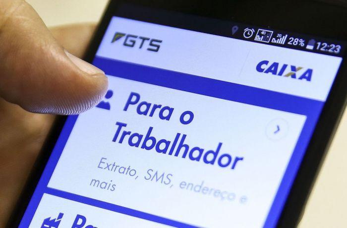 Trabalhadores usam redes sociais para pressionar STF a votar correção do FGTS