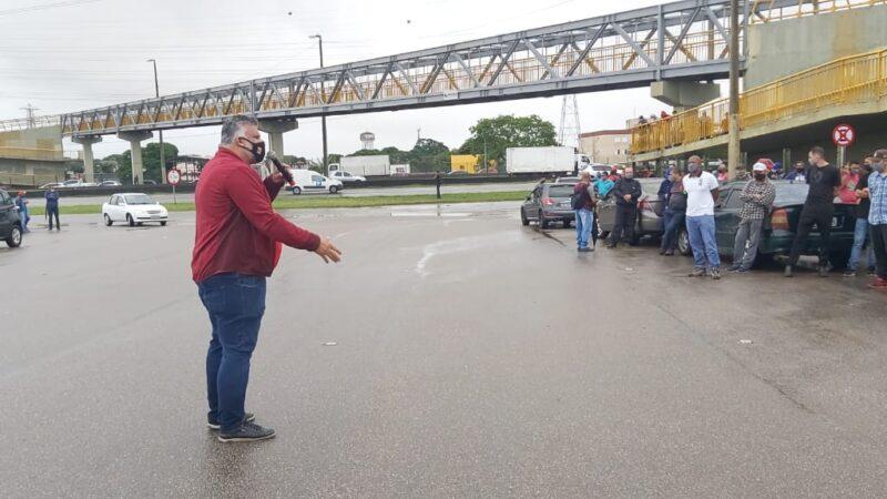 Sem salário, sem trabalho! Trabalhadores Método Potencial cruzam os braços por tempo indeterminado na Revap