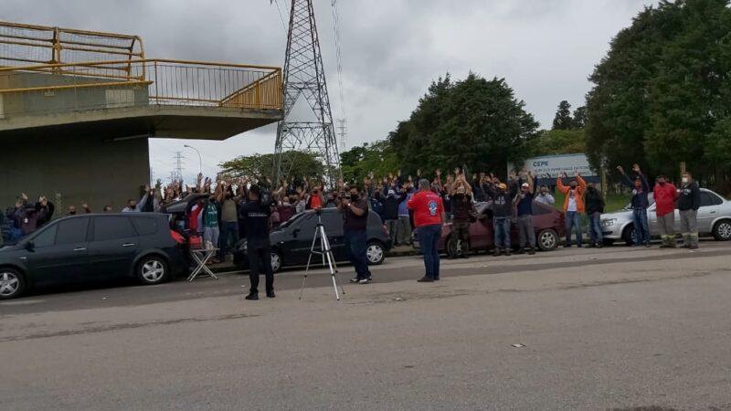 Trabalhadores da Método Potencial mantém greve na Revap